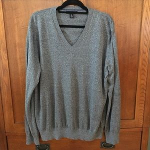Banana Republic Men's Grey Long Sleeve Sweater